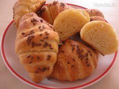 Tento recept mi dala neter z Chorvatska, ked sme boli na oslave u mojho švagra. Nemohla  som sa ich dojest  :)  Budem rada, ak aj Vam budu chutit ako mne. Je trošku s nimi viac roboty, ale oplati sa... Croissants, Potatoes, Bread, Vegetables, Food, Basket, Crescents, Potato, Brot