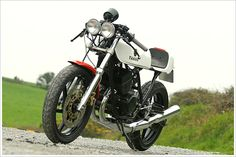 Yamaha RD250 CaféRacer - Pipeburn - Purveyors of Classic Motorcycles, Cafe Racers & Custom motorbikes