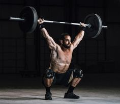 Here are the 5 Best CrossFit Shoes to look Sharp at the gym - Outdoor Click Froning Crossfit, Crossfit Men, Crossfit Athletes, Gym Men, Crossfit Photography, Fitness Photography, Photography Poses, Bodybuilder, Body Muscle Anatomy