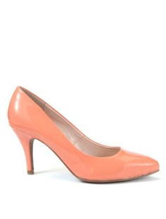 What do you guys think about having peach shoes?