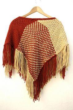 ponto de malha | produtos lã: PONCHO A.005 | WOLLEN CAPE A.005