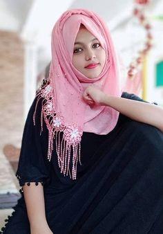 Islamic Girl Pic, Islamic Girl Images, Muslim Girls Photos, Stylish Girls Photos, Desi Girl Image, Girls Image, Beautiful Muslim Women, Beautiful Hijab, Hijabi Girl