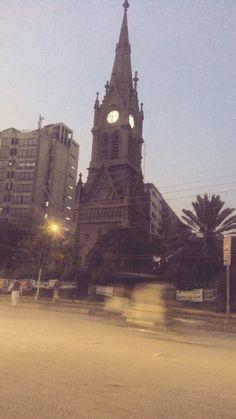 A beautiful clock tower on Karachi's business hub, the I. I. Chundrigar Road. A great example of Karachi's colonial heritage. #karachi #saddar #architecture #tower