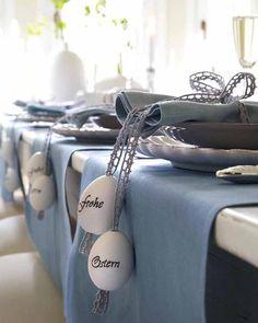 Schöner Oster-Tisch mit individuellem Gedeck.  #Dekoration #Ostern #Table