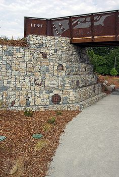 Beacon Mountain: Canyon Bridge with Gabions
