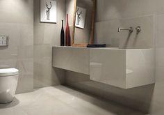 Bancada, chão e parede. Banheiro total Pulpis! Bela escolha para quem busca um porcelanato com tom clássico e veios elegantes.  #elianerevestimentos #porcelanato #tiles #ceramic #ceramica #floor #bathroom #banheiro #marmore #pulpis #creme #bege #arquiteturainteriores #newtile