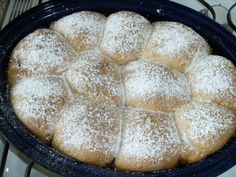 Old Fashioned Bavarian Apple Dumplings_Enjoy this old fashioned recipe for apple dumplings. The German Bavarian dish is served with vanilla sauce or a mix of cinnamon and sugar. Made out of a yeast dough and apples. German Desserts, Köstliche Desserts, Delicious Desserts, Dessert Recipes, Yummy Food, Apple Dumpling Recipe, Apple Dumplings, Austrian Recipes, German Recipes