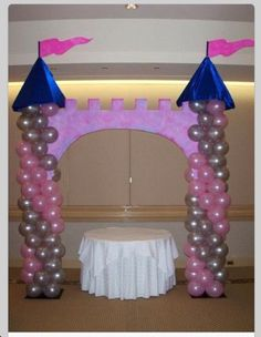 Princess balloon castle Jenny Worland Can we make this for Evs party but shorter 1st Birthday Princess, Cinderella Birthday, Disney Princess Party, Princess Theme, Little Girl Birthday, Baby Shower Princess, 1st Birthday Parties, Princess Castle, Princess Birthday Party Decorations
