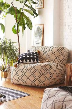 Bobo Patterned Lounge Chair from Urban Outfitters. Shop more products from Urban Outfitters on Wanelo. My Living Room, Living Room Decor, Bean Bag Living Room, Oversized Bean Bag Chairs, Urban Outfitters, Deco Studio, Ikea Chair, Sit Back And Relax, Home Look