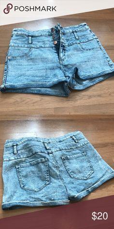 High Waisted Shorts NWOT. Tinseltown Denim Couture. Size 8. High waisted. Tinseltown Shorts Jean Shorts