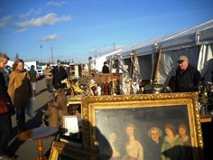 Antique Shopping at Newark Antique Fairs in England...
