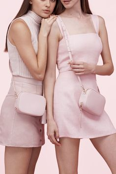 Still Into BFF Accessories? You'll Love This Brand #refinery29 http://www.refinery29.com/2016/09/123727/pop-and-suki-accessories#slide-9 Pop & Suki Camera Bag, $195, available at Pop & Suki; Pop & Suki Luggage Tag, $35, available at Pop & Suki; Pop &...