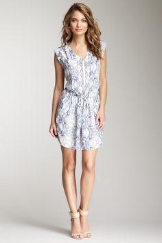 Pretty delicate dress!