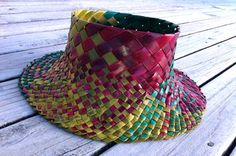 Harakeke (flax) - Sun Hat hand made for sale on Trade Me, New Zealand's auction and classifieds website Flax Weaving, Weaving Art, Basket Weaving, Weaving Designs, Weaving Patterns, Crafts To Make, Arts And Crafts, Maori Designs, Maori Art