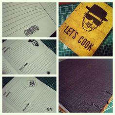 Caderno de Receitas   Breaking Bad :) Capa dura, miolo personalizado :) Já disponível na lojinha!