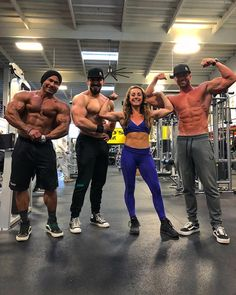 Its always motivating training at The Mecca with these great athletes from and Fitness Pics, Fitness Inspiration Body, Workout Pictures, Ideal Body, Pictures Of People, Just Girl Things, Mecca, Law Of Attraction, Athletes