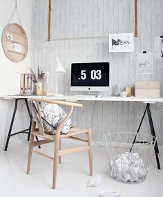 パソコンスペースのデコレーションやレイアウト、デスク周りのディスプレイ方法など、北欧スタイルのお部屋におしゃれ…