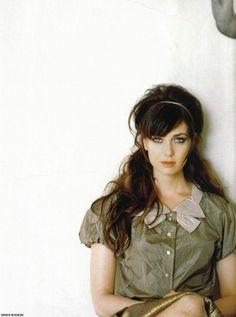 Mia Kirshner as Dahlia Tarence