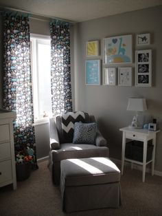 Love the chevron throw over the glider in this modern nursery! #nursery #nurserydecor #chevron