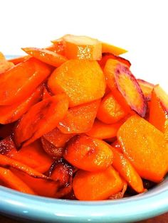 The best carrots EVER!! Only 2 ingredients - Ginger Ale Glazed Carrots are a deliciously easy side dish perfect for holiday dinners or quick weeknight meals!