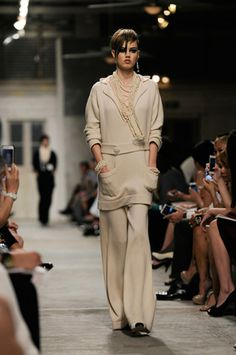SHOW PICTURES CRUISE 2013/14 – CHANEL NEWS