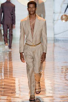 Versace Spring 2015 Menswear Collection Photos - Vogue