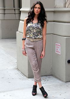 Same style pants, different color.  Stacy London Fashion Lookbook: What Not To Wear: TLC