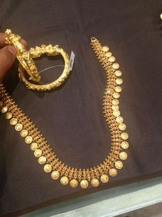 Prem- Chain 100 gms and bangles 60 gms Kerala Jewellery, Moon Jewelry, Gold Jewellery Design, Jewelry Patterns, Necklace Designs, Wedding Jewelry, Jewelry Gifts, Gold Necklaces, Bangles