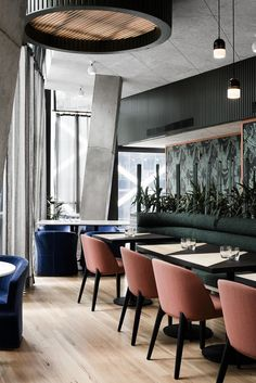 If you need some ideas to decorate your restaurant, here are some ideas! Interior design trends to decor your restaurant! Restaurant Interior Design, Luxury Interior, Modern Interior Design, Interior Architecture, Coastal Interior, Restaurant Interiors, Modern Coastal, Rooftop Restaurant, Luxury Restaurant