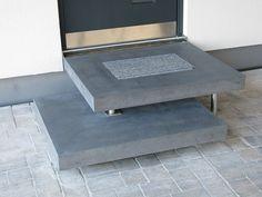 Unser Betonpodest aulico in anthrazit: http://www.arrangio.de/betonpodest-aulico.html