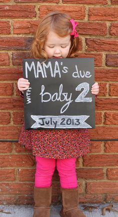 Cute pregnancy announcement for baby Cute Baby Announcements, Cute Pregnancy Announcement, Pregnancy Photos, Baby Pregnancy, My Baby Girl, Baby Kind, Baby Love, Second Baby, 2nd Baby