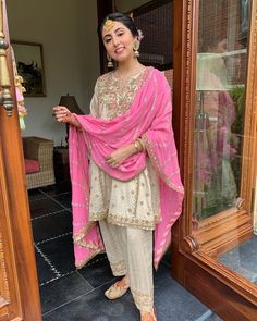 This Beige and Rani pink color punjabi salwar suit with heavy zari embroidery and blush pink heavy dupatta will make you say aww-dorable. Indian Bridal Outfits, Pakistani Wedding Outfits, Indian Designer Outfits, Designer Dresses, Punjabi Wedding Suit, Desi Wedding, Wedding Ceremony, Shadi Dresses, Pakistani Formal Dresses