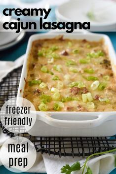 Creamy Cajun Chicken Lasagna is layered with a cajun alfredo sauce, juicy chicken, smoked turkey sausage and gooey mozzarella! A perfect make ahead or freezer meal! Freezer Friendly Meals, Slow Cooker Freezer Meals, Healthy Freezer Meals, Healthy Weeknight Dinners, Make Ahead Meals, Quick Meals, Quick Chicken Recipes, Healthy Pasta Recipes, Healthy Pastas