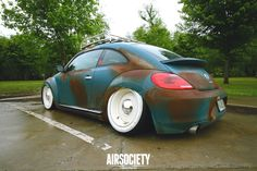 Slammed VW New Beetle