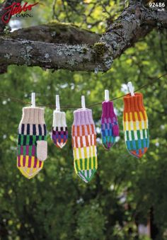 Skyscraper - colorful mittens for large and small