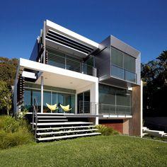 Wentworth Rd House by Edward Szewczyk Architects