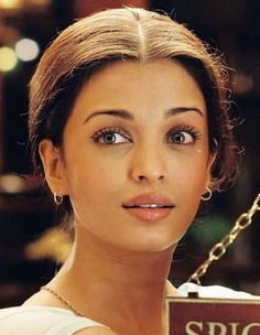 Aishwarya Rai-Warm Spring.She is Deep,that's what makes her closer to Autumn.Type 1 secondary 3.Shaded Spring.Radiant Spring BFAS