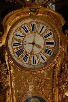 Pendule astronomique de passemant - cadran - chateau de Versailles