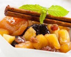 Poêlée light de pommes, poires et fruits secs aux épices : http://www.fourchette-et-bikini.fr/recettes/recettes-minceur/poelee-light-de-pommes-poires-et-fruits-secs-aux-epices.html