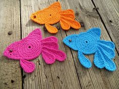 Ravelry: Fancy Goldfish Coaster pattern by April Crochets Irish Crochet, Crochet Motif, Crochet Designs, Crochet Flowers, Crochet Toys, Free Crochet, Crochet Patterns, Crochet Appliques, How To Make Purses