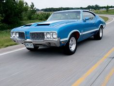 1970 Oldsmobile Cutlass Saw one of these on the road and it looks so awesome in person