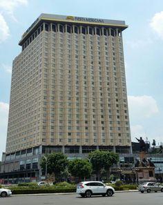Hotel Fiesta Americana Reforma Mexican Peso, México City, Vacation Spots, Alter, Travel Ideas, North America, Catholic, Skyscraper, Spanish