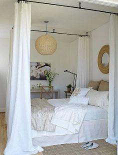 erstaunliche weiße Himmelbett Designs wandspiegel