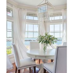 """Kristy Wicks on Instagram: """"Using this breezy breakfast nook from the incredibly talented @katejacksondesign as a guide while helping my girlfriend choose a new light for her dining table today. I love that this pendant reflects the light and airy feel of this space.  It's perfect! You can find more pendant picks as well as my latest finds at kristywicks.com.  Have a beautiful day! """""""