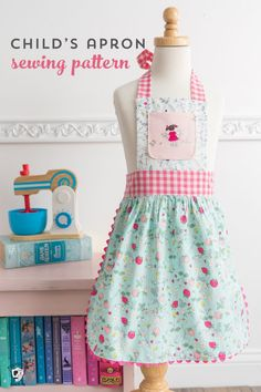 Learn how to sew an apron for a child with this free child's apron pattern. Ideas for sewing children's aprons, kids apron patterns Sewing Patterns For Kids, Dress Sewing Patterns, Sewing For Kids, Free Sewing, Pattern Sewing, Quilt Patterns, Child Apron Pattern, Apron Pattern Free, Childrens Apron Pattern
