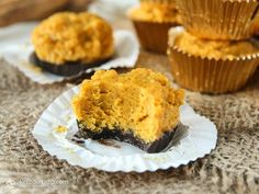 Pumpkin pie and chocolate are two flavours that go perfectly together in these low-carb, sugar-free treats. Over the last few years I've created several keto and paleo fat bombs. In fact, they became so popular that this year I've been working on a fat bomb cookbook that will be out in spring/summer 2016 so stay tuned! ...