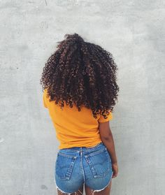 Hair Care Techniques You Should Use To Grow Long Gorgeous Natural Hair – And Great Hairstyling Tips Pelo Natural, Natural Curls, Curly Hair Styles, Natural Hair Styles, Big Hair, Your Hair, Color Borgoña, Curls For The Girls, Pelo Afro