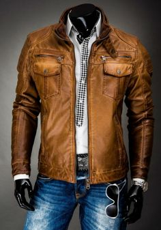 2015 fashion collections leather jackets for men vintage leather jacket. Vintage Leather Jacket, Men's Leather Jacket, Leather Men, Leather Jackets, Mode Man, Casual Outfits, Men Casual, Blazer Fashion, Vintage Men
