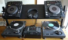 Ikea shoe rack transformed into DJ-furniture - IKEA Hackers