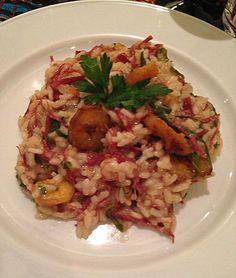 Risoto com carne seca, banana da terra e couve Risotto, Grains, Food And Drink, Low Carb, Rice, Ethnic Recipes, Kitchen, Couscous, Quinoa